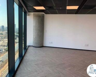 חלונות של משרד להשכרה במגדל רסיטל תל אביב