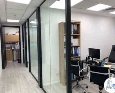 מסדרון של משרד למכירה במגדל בסר 4 בני ברק