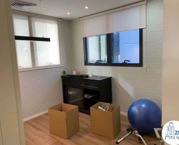 חדר של משרד להשכרה בציר יגאל אלון תל אביב