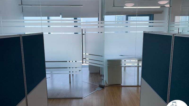 כניסה לחדרים של משרד להשכרה במגדל טויוטה תל אביב