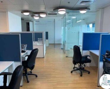 עמדות עבודה של משרד להשכרה במגדל טויוטה תל אביב