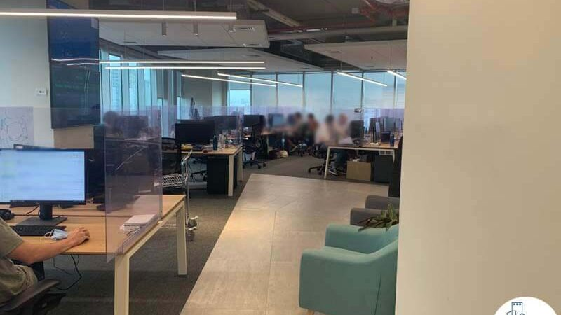 עמדות עבודה של משרד להשכרה במגדל WE תל אביב
