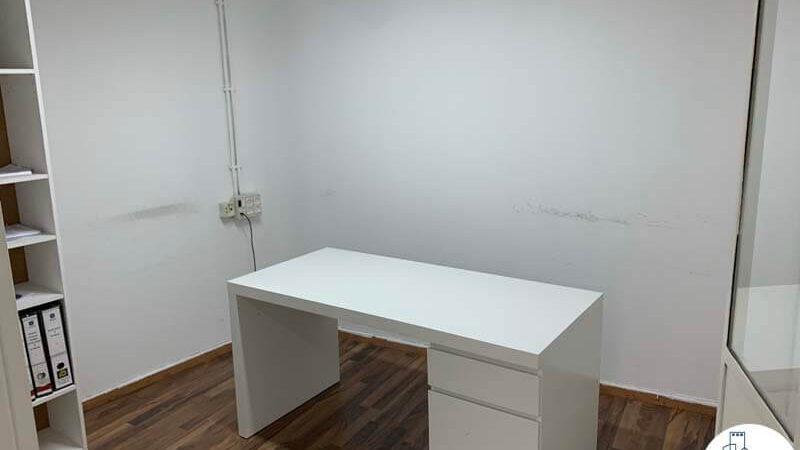 חדר של משרד להשכרה במתחם שרונה במגדל פלטינום תל אביב